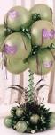 """9. Настольный букет """"Маска"""". Шары-латекс,воздух(на стойке),гелий+хай-флот,основа-композиция из искусственных цветов - 1500р."""